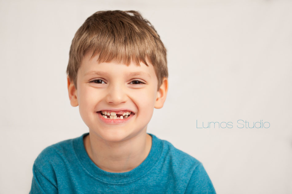 Little boy missing teeth