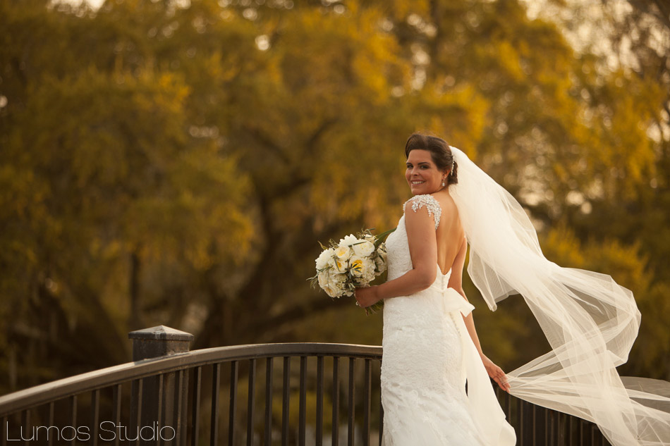 A beautiful bride in Charleston's Hampton Park