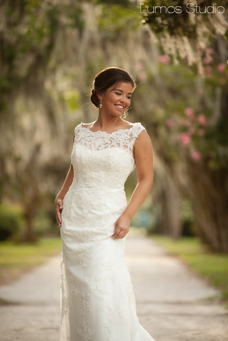 charleston-bride-in-park